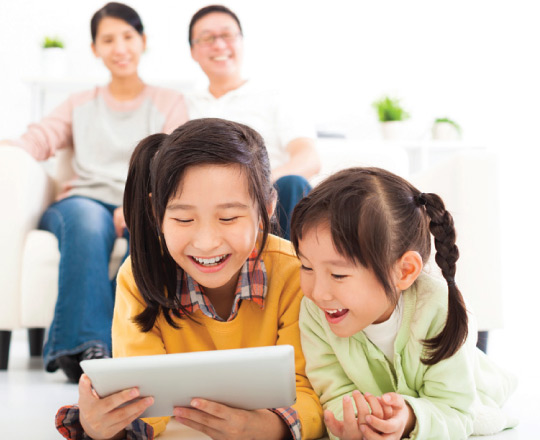 Parenting and Gadgets  The Pros and Cons   Positive Parenting Positive Parenting   Malaysia s Pioneer Expert Educational Programme parenting and gadgets