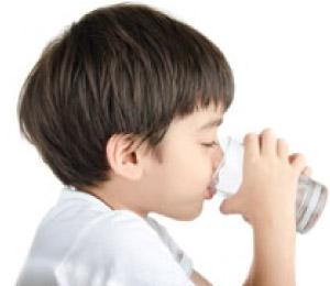 boy-drinking-water